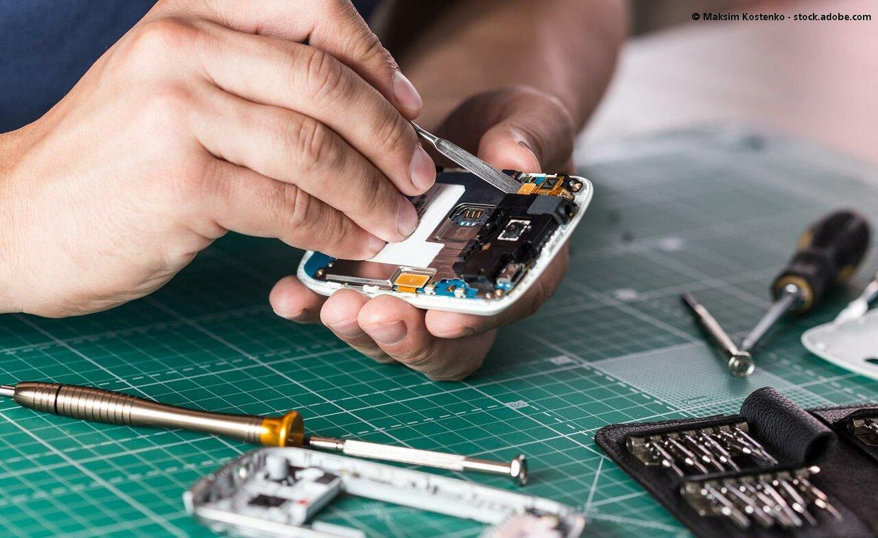 Ремонт мобильных телефонов картинка